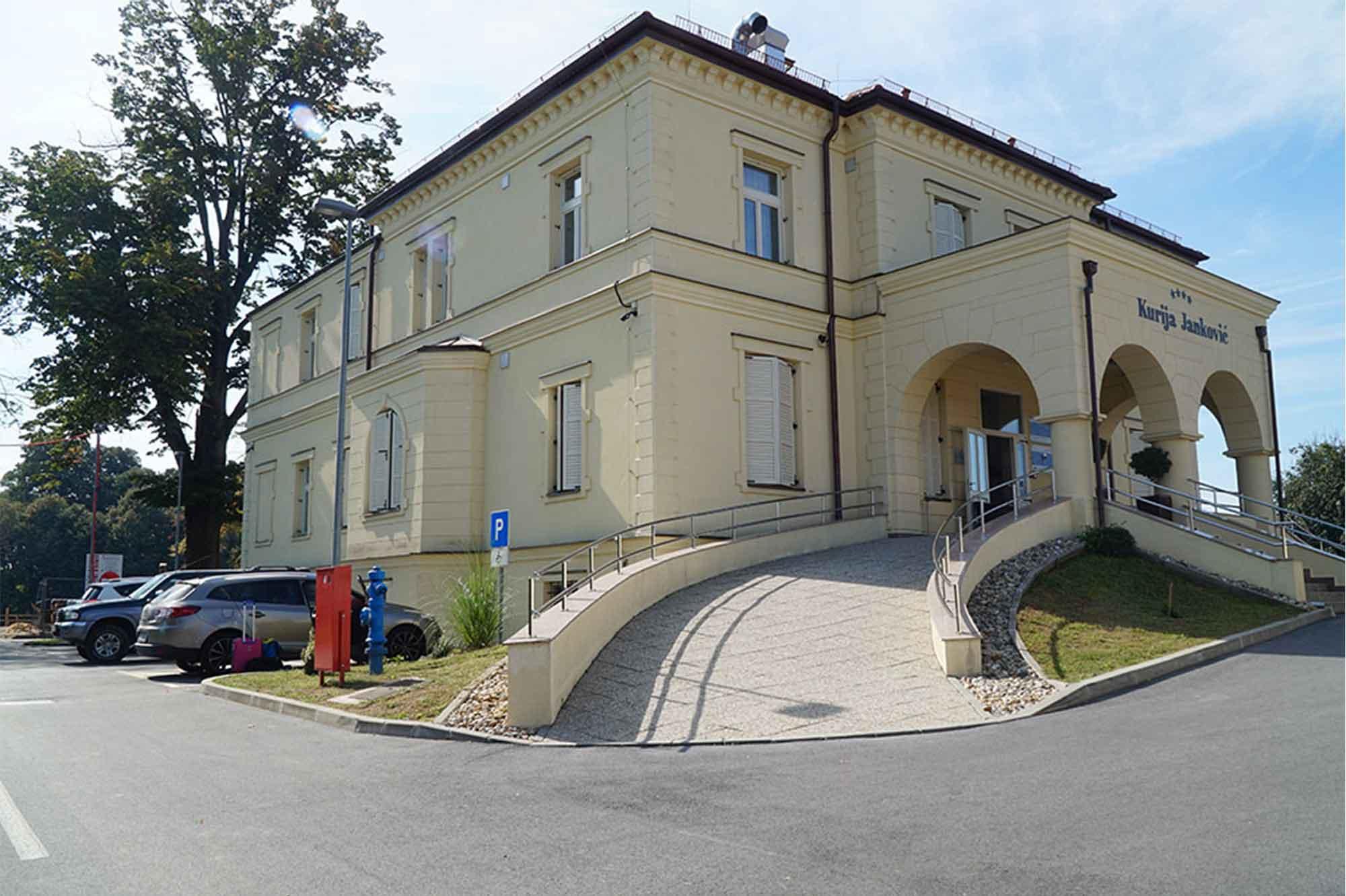 Hotel Kurija Janković, Kapela Dvor, Chorvatsko