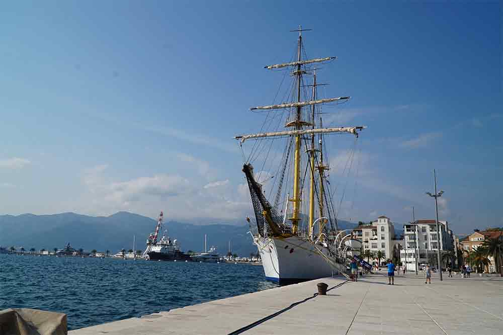 Černá Hora, Kotorská boka, Kotorský záliv, Porto Monte Negro