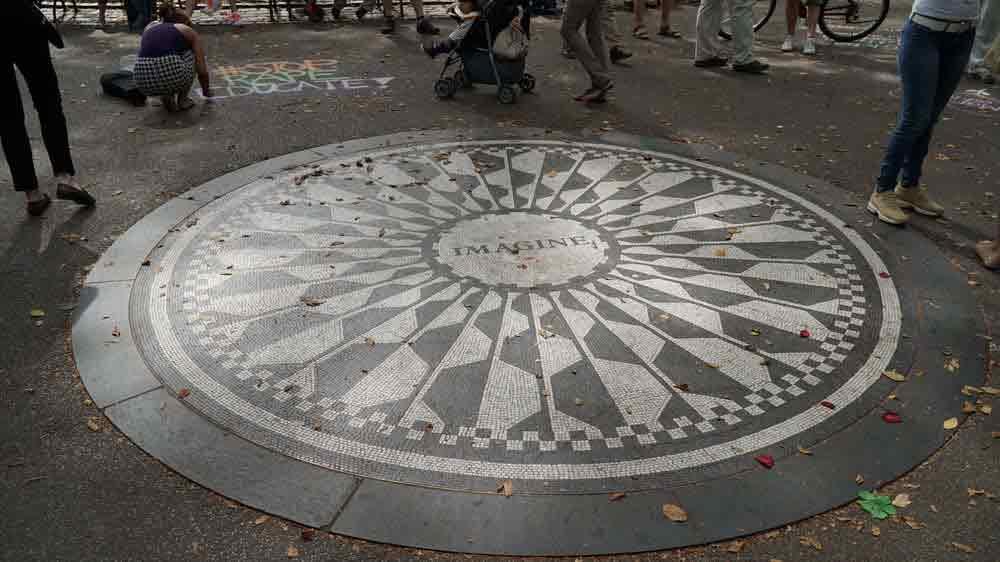 USA, New York, Manhattan, Central park, památník Johna Lennona