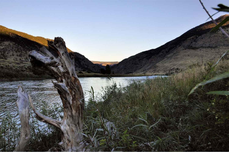 USA, Montana, Gardiner, Yellowstone, North Yellowstone Lodge and Hostel